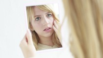 woman_mirror_01[1]
