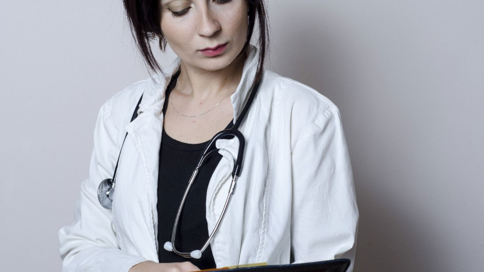 woman_doctor_02[1]