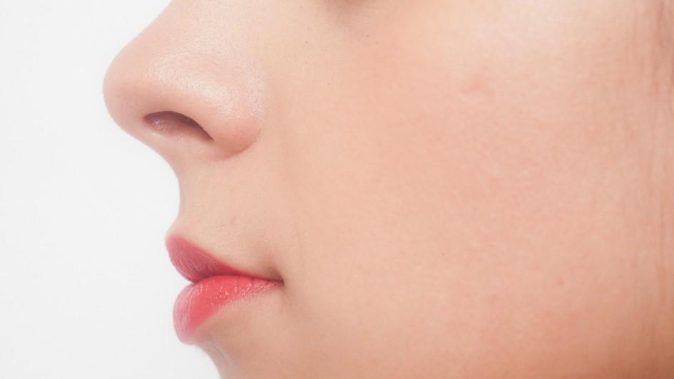 woman_nose_01